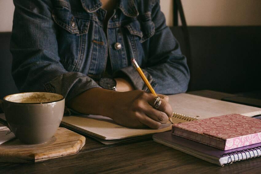 SM Digital Talent: Los ejercicios de escritura libre ayudan a fomentar el pensamiento aleatorio.